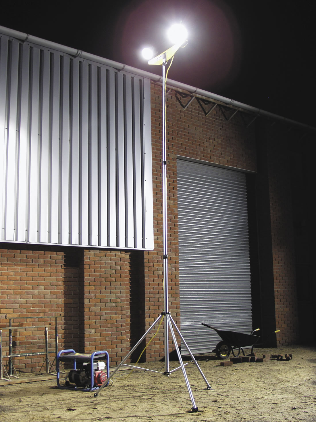 Mast Floodlight Twin Head 6M