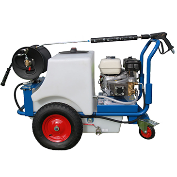 Compact Pressure Washer and Bowsers