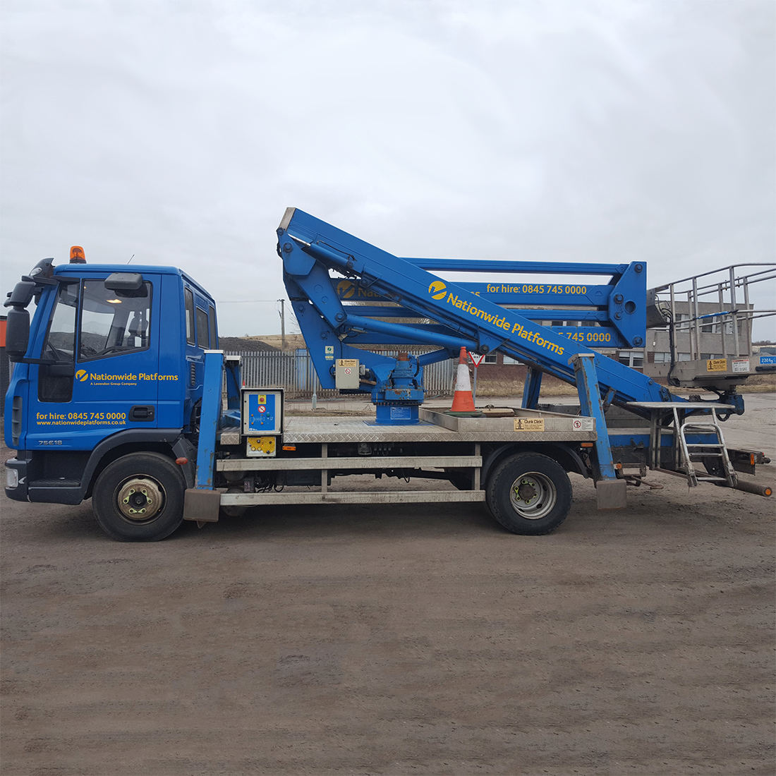 Articulated Truck Mounted Boom Lift 16-72m