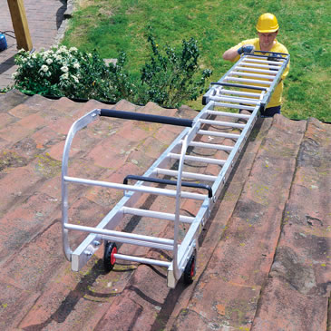 extending-roof-ladder-3-0-4-6m