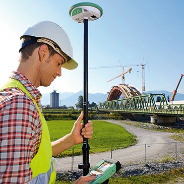 Compact, Versatile GNSS Net Rover with Smartnet License